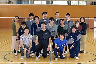 pan_badminton-02